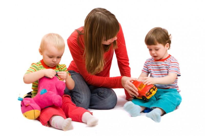 So können Sie einen guten Babysitter finden