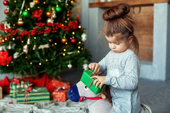 Weihnachtsgeschenke für Kinder – Alternativen zum klassischen Spielzeug